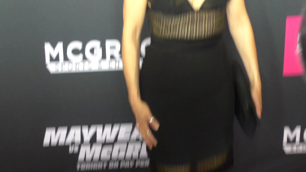 Imelda May arriving to the VIP Pre-Fight Party Arrivals on the T-Mobile Magenta Carpet For 'Mayweather VS McGregor at TMobile Arena in Las Vegas.mp4