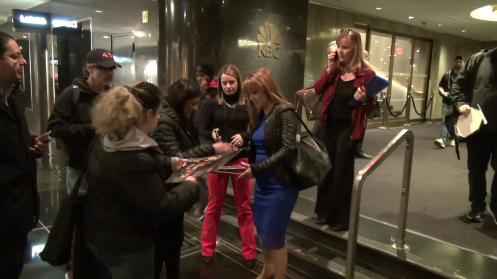 Jane Seymour signs for fans outside NBC Studios in New York City.mp4