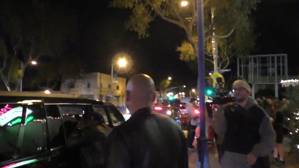 Stephen Belafonte talks about being single outside Delilah's Nightclub in West Hollywood.mp4