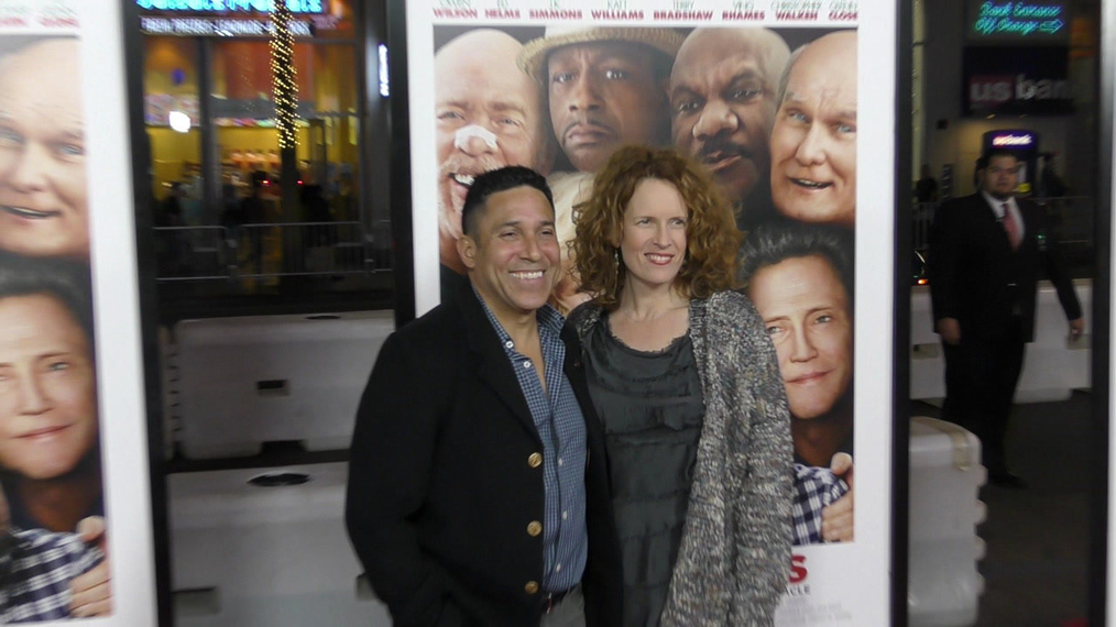 Oscar Nunez and Ursala Whittaker at the premiere of Father Figures at TCL Chinese Theatre in Hollywood.mp4