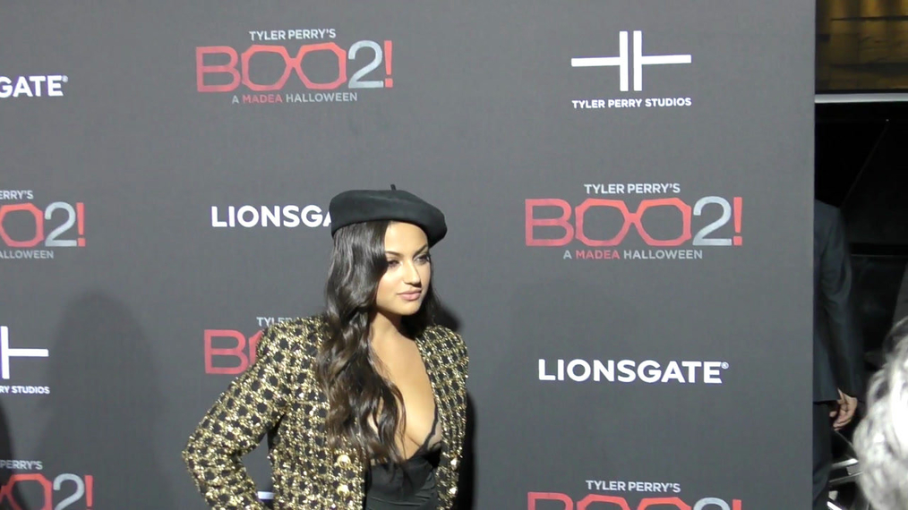 Ianna Sarkis at the Tyler Perry's Boo 2! A Madea Halloween Premiere at Regal LA Live Theatre in Los Angeles.mp4