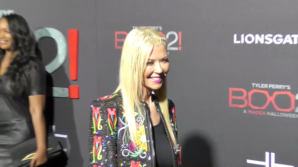 Tara Reid at the Tyler Perry's Boo 2! A Madea Halloween Premiere at Regal LA Live Theatre in Los Angeles.mp4