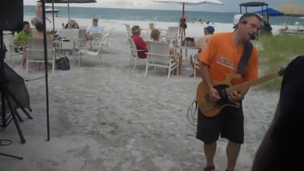 Breezin Entertainment One Man Band.mp4