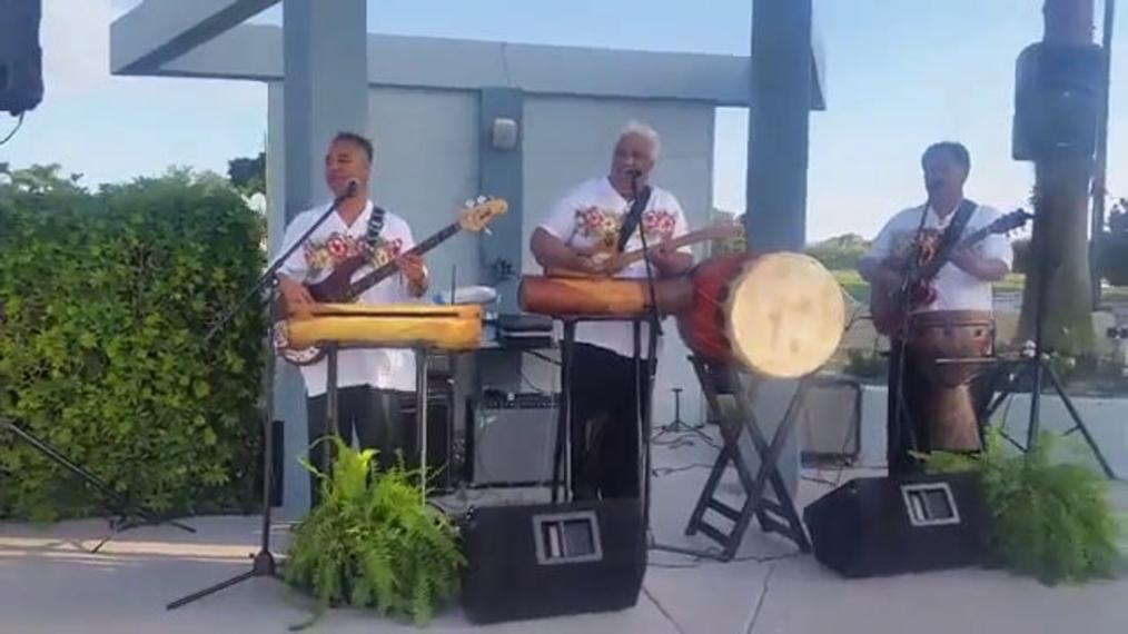 Polynesian Hawaiian Band.mp4