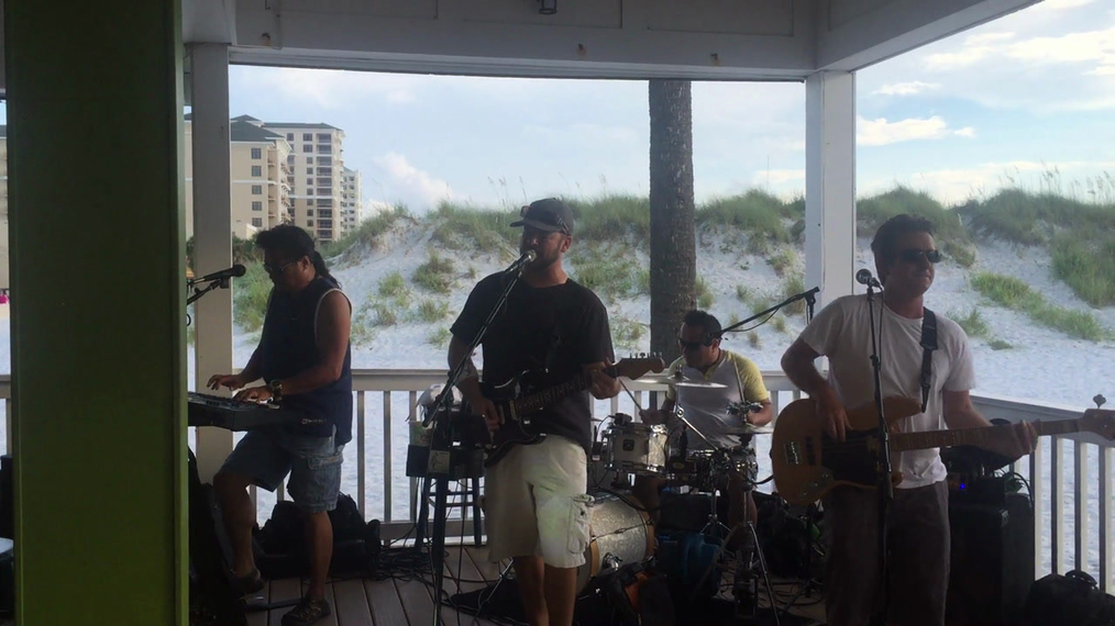 Band at The Palm Johnny Clearwater Beach.mp4