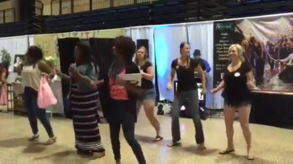 Brides doing the Wobble at the Nuovo Bridal Show!.mp4