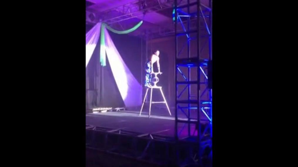 Breezin' Cirque Act 1.mp4