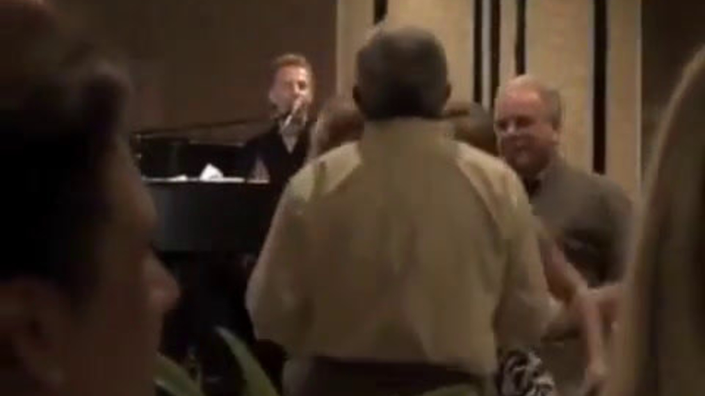 Dueling Pianos T.C..mp4