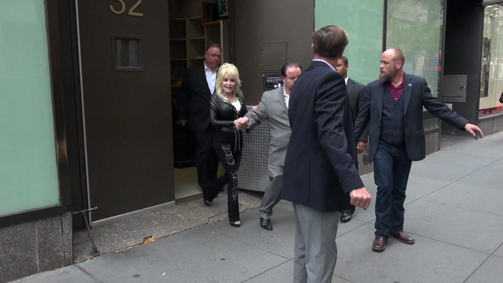 Dolly Parton outside NBC Studios in New York.mp4