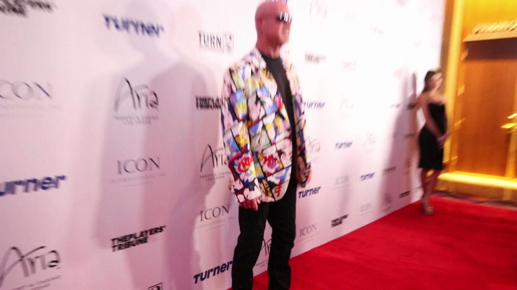 Jim McMahon attends the 2018 Derek Jeter Celebrity Invitational Gala at the Aria Resort & Casino in Las Vegas.mp4
