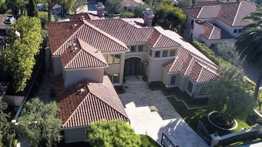 2 Windemere Court, Newport, CA