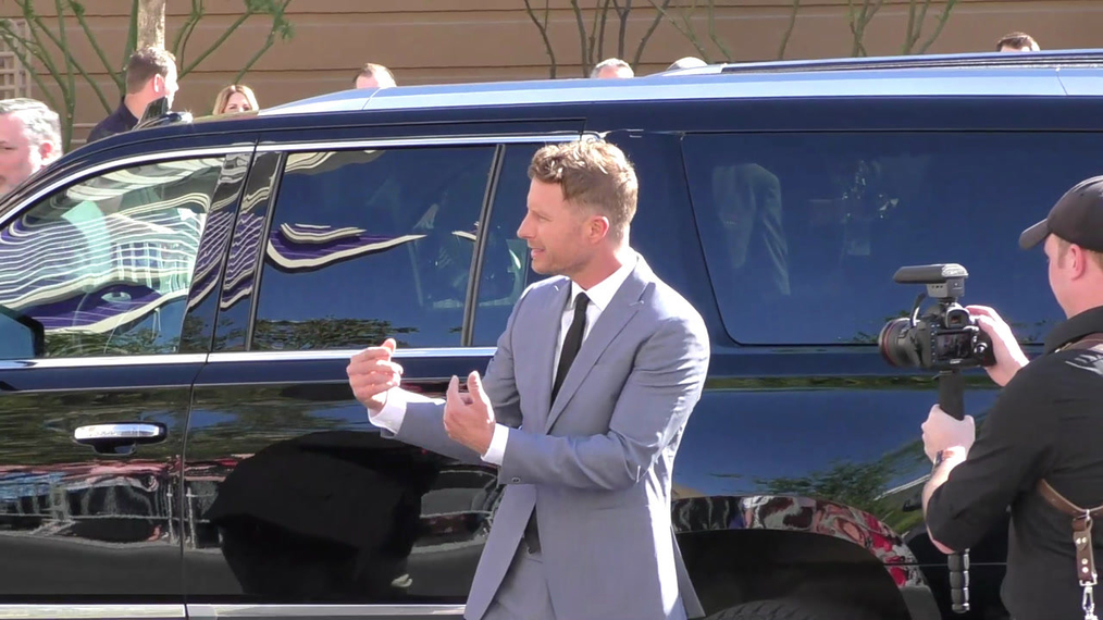 Dierks Bentley arriving to the 52nd Academy Of Country Music Awards at T-Mobile Arena in Las Vegas.mp4