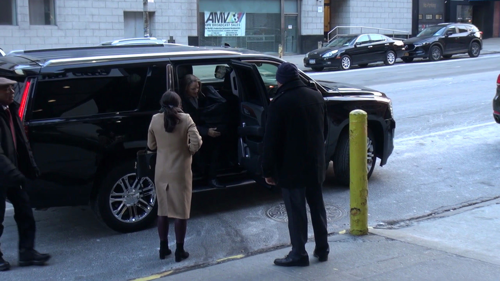 Jodie Foster director of Arkangel episode of the Netflix series Black Mirror arrives at CBS Studios in New York City.mp4