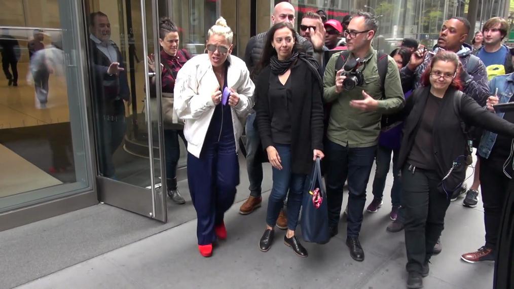 Pink outside SiriusXM Satellite Radio in New York.mp4
