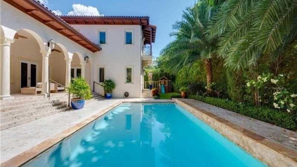 140 Rosales Court, Coral Gables, FL