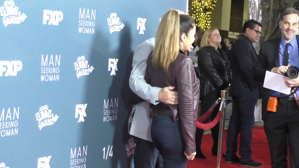Bill Benz at the It's Always Sunny in Philadelphia and Man Seeking Woman Season Premiere at Bruin Theatre in Westwood.mp4