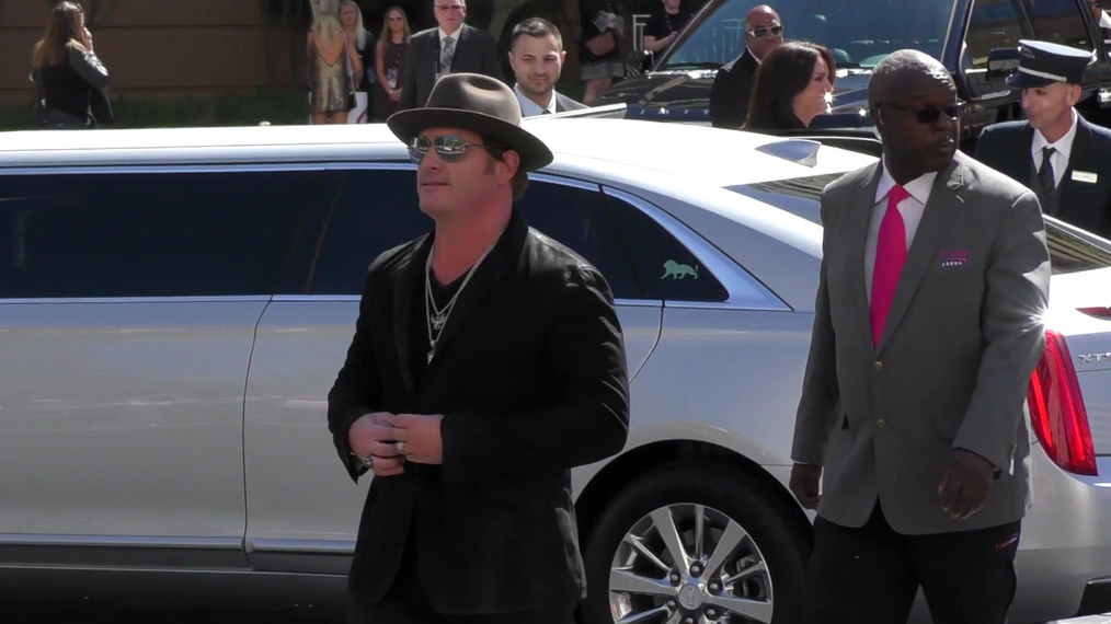 Jerrod Niemann arriving to the 52nd Academy Of Country Music Awards at T-Mobile Arena in Las Vegas.mp4