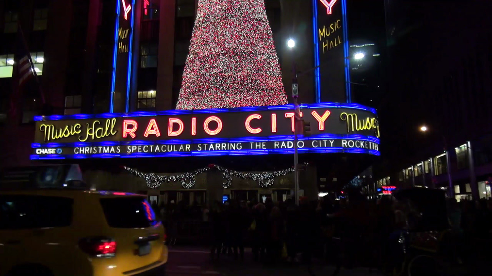 Radio City Music Hall Christmas display in New York.mp4