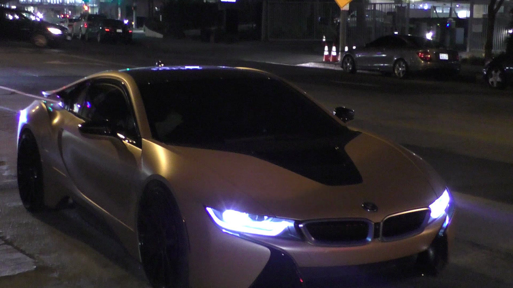 Eric Bellinger and wife LaGÇÖMyia Good arrive at Peppermint in West Hollywood.mp4