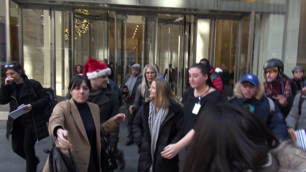 Jodie Foster leaves Sirius XM Satellite Radio in New York City.mp4