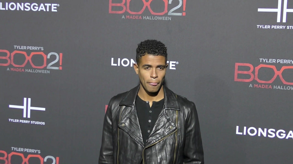 Mandela Van Peebles at the Tyler Perry's Boo 2! A Madea Halloween Premiere at Regal LA Live Theatre in Los Angeles.mp4