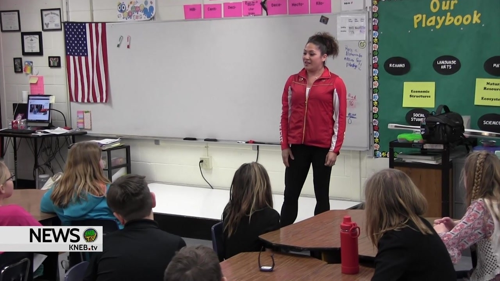 Olympic medalist Priscilla Lopes- Schliep visits Geil Elementary