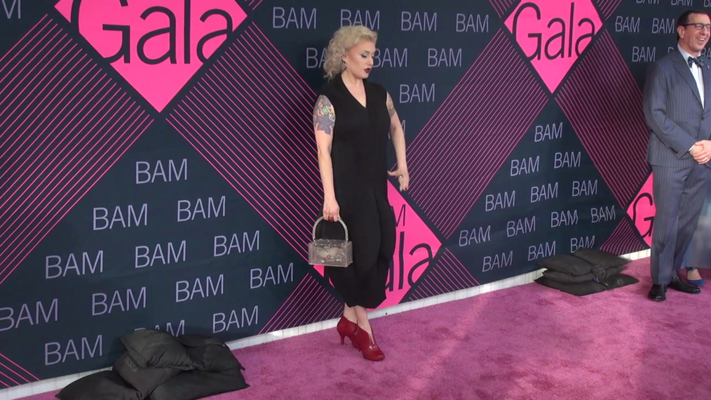 Heather Acs attends the BAM Gala 2018 at Brooklyn Cruise Terminal in New York.mp4