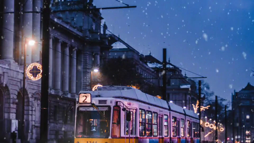 Trolleybus in the snow