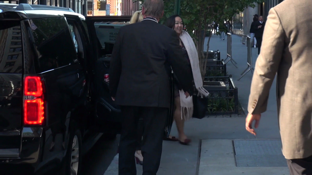 Melissa Joan Hart outside the BUILD Series in New York.mp4