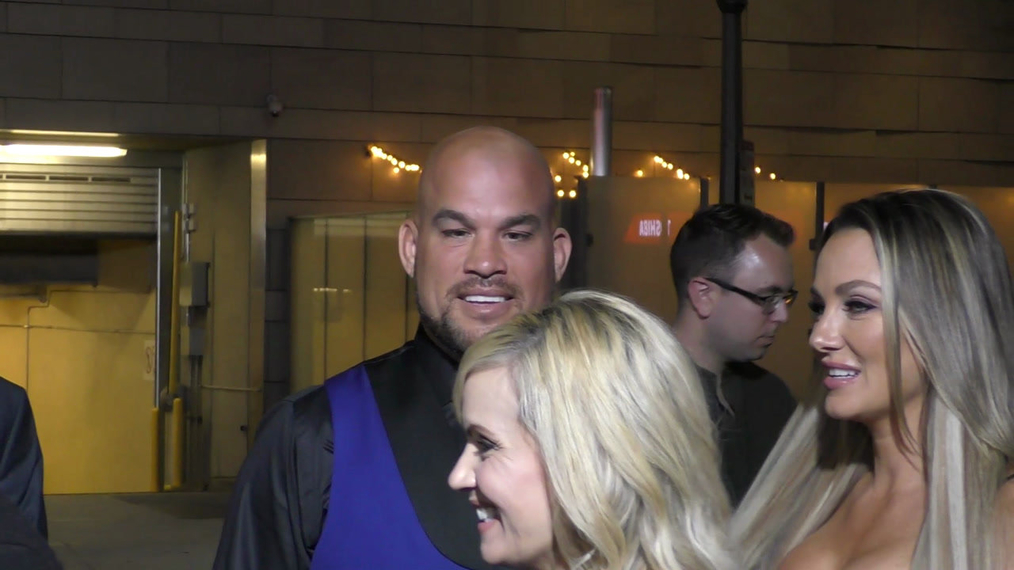 Tito Ortiz and Amber Nichole Miller at the Tyler Perry's Boo 2! A Madea Halloween Premiere at Regal LA Live Theatre in Los Angeles.mp4