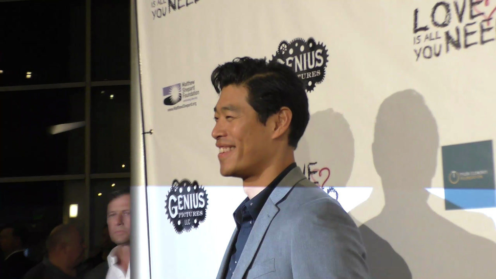 Tim Chiou at the Premiere Of Love Is All You Need at the ArcLight Theatre in Hollywood.mp4