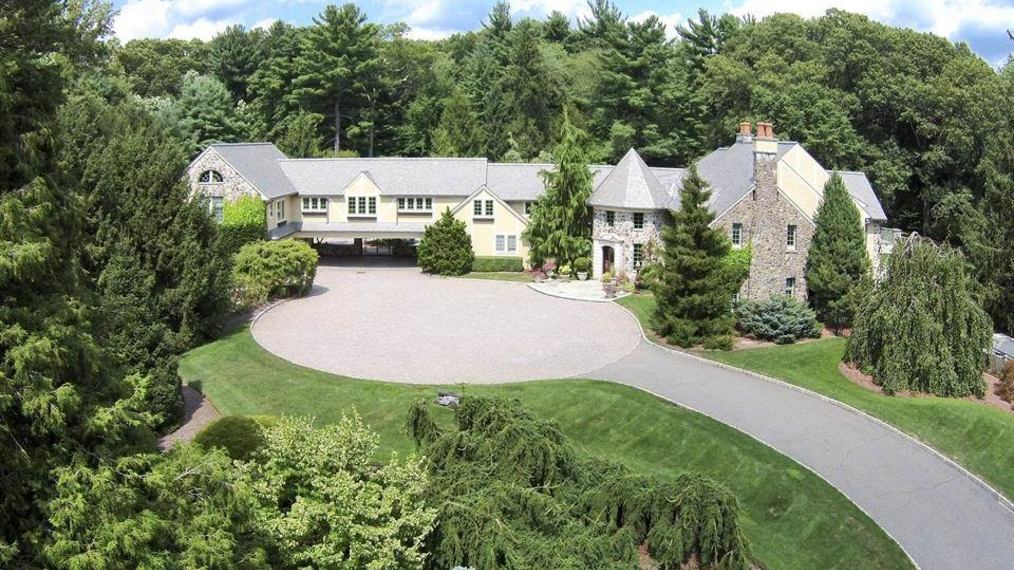 Majestic English Country Estate in Saddle River, NJ