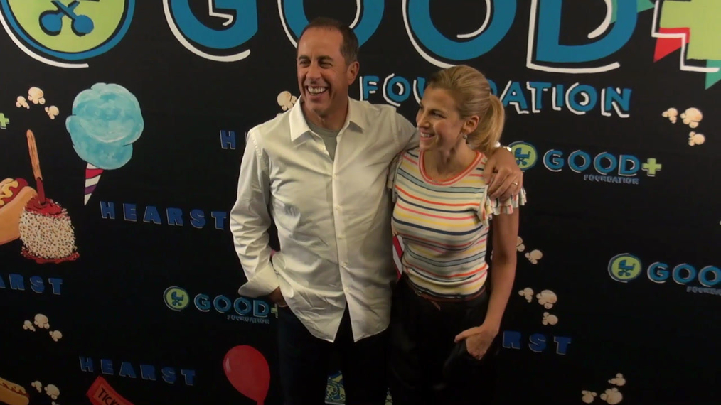 Jerry Seinfeld and Jessica Seinfeld at the GOOD Foundation Central Park Bash in New York.mp4