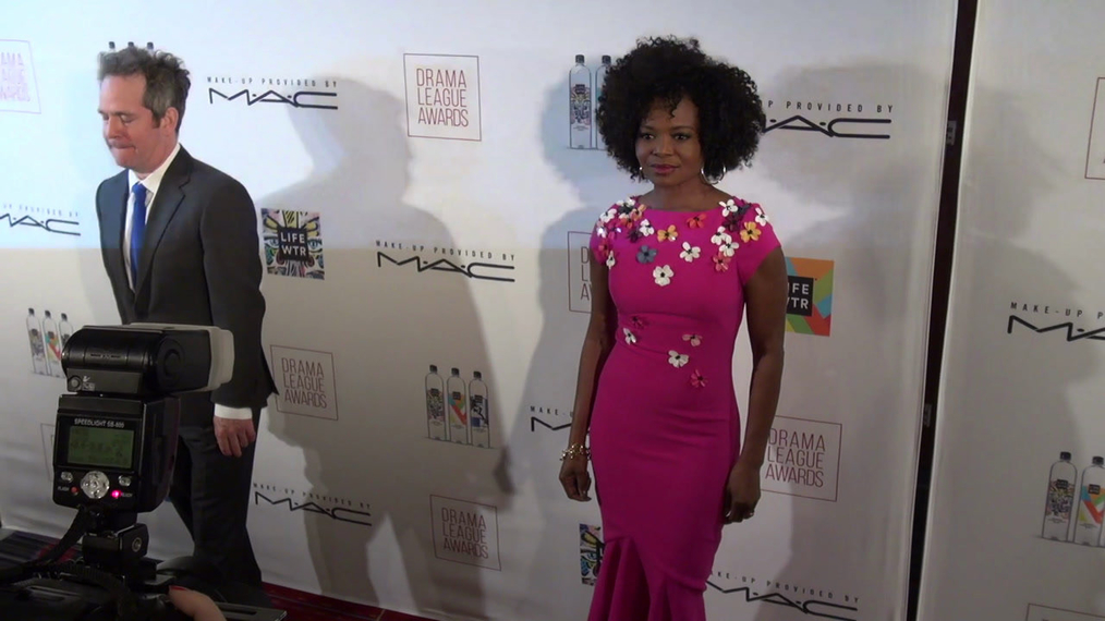 LaChanze attends the 2018 Drama League Awards at Marriott Marquis Times Square in New York City.mp4