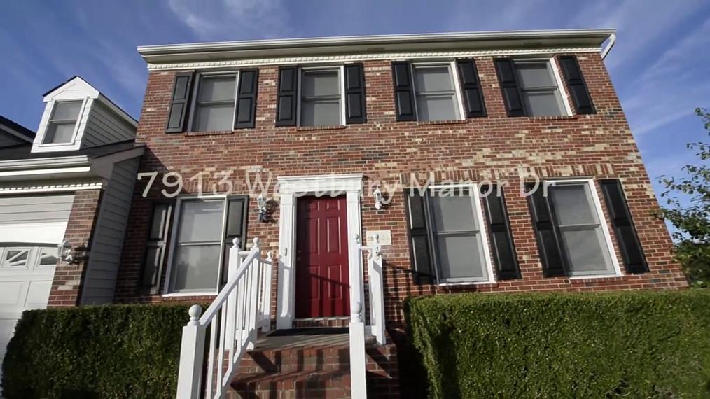 7913 Westbury Manor