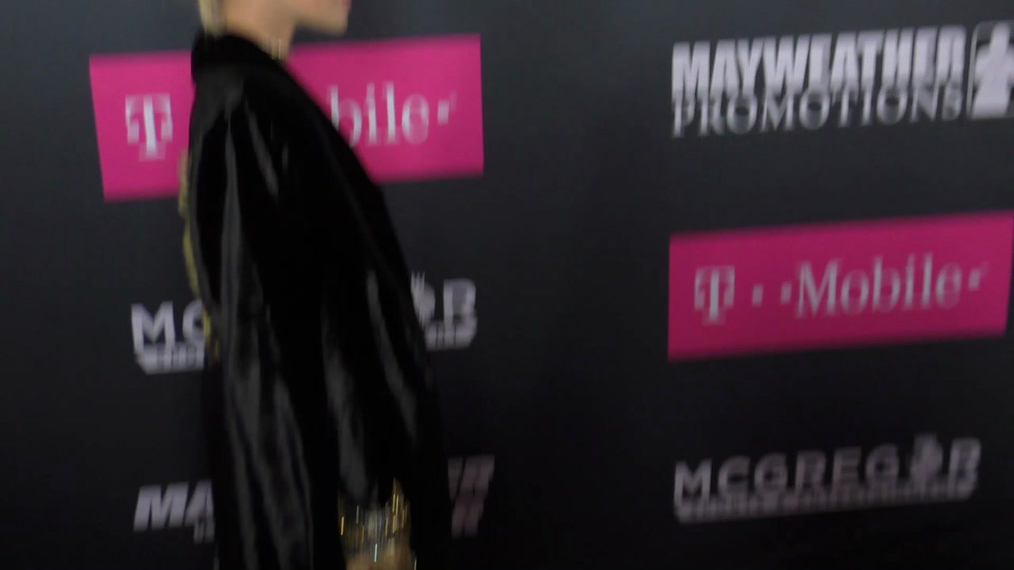 Jasmine Sanders arriving to the VIP Pre-Fight Party Arrivals on the T-Mobile Magenta Carpet For 'Mayweather VS McGregor at TMobile Arena in Las Vegas.mp4