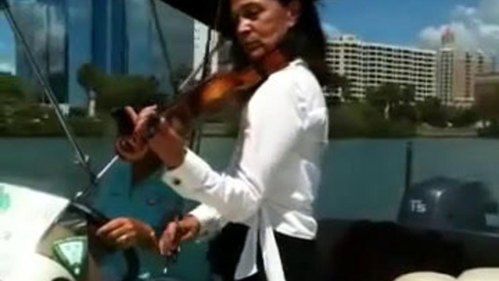 Violinist L.V.W. (1).mp4