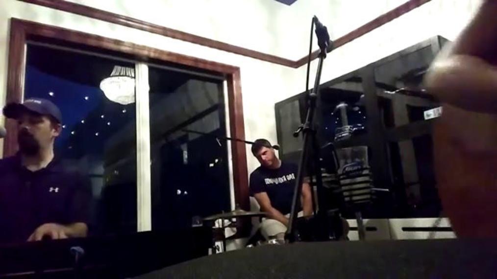 Trio Guitarist F.R. (2).mp4