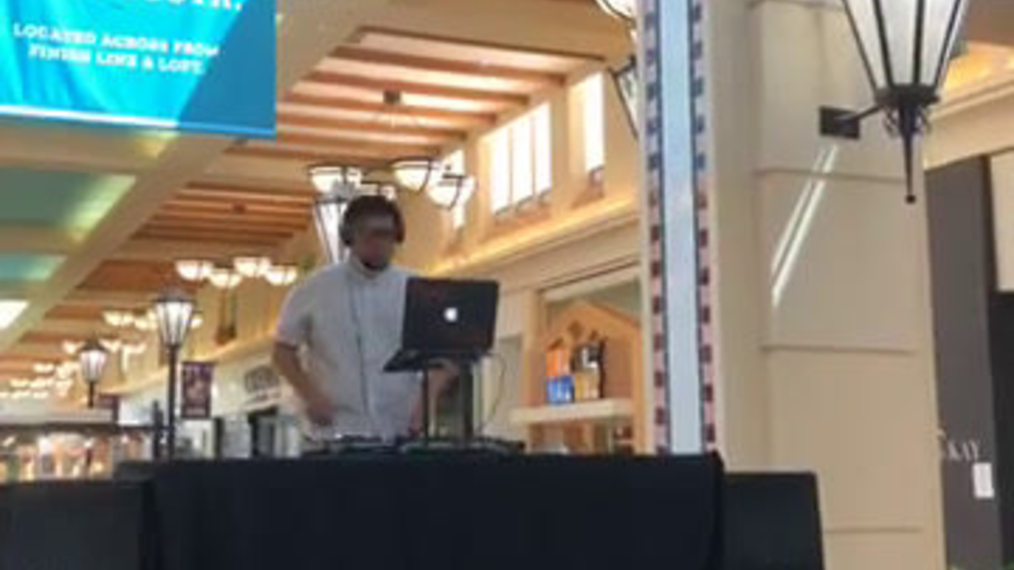 Breezin-Entertainment,D-J-A-R,Westhore-Mall-Opening-5-9-20.mp4