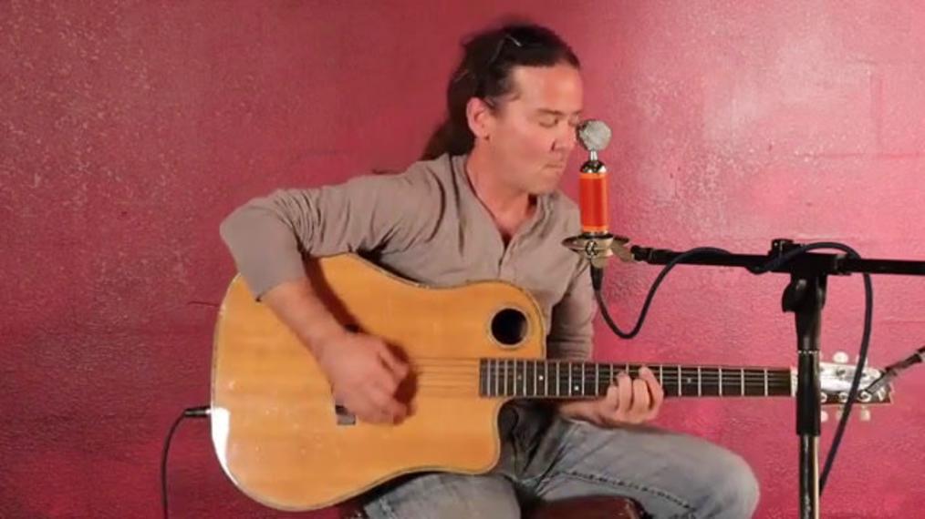 Breezin'-Entertainment,Guitaris-B-M,Fort-Myers.mp4
