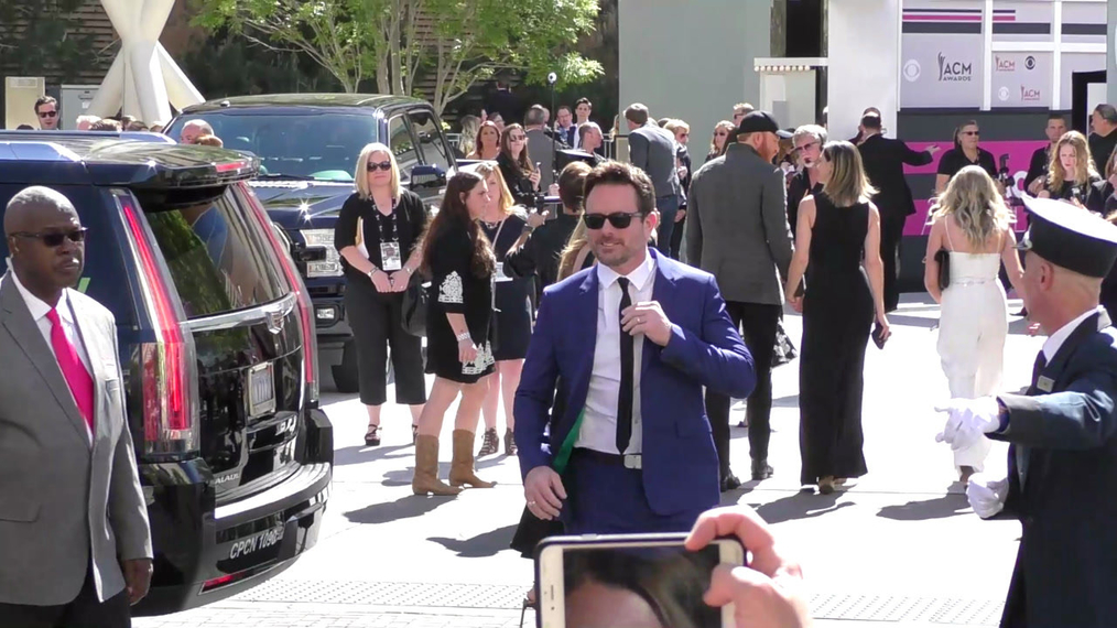 Charles Esten arriving to the 52nd Academy Of Country Music Awards at T-Mobile Arena in Las Vegas.mp4