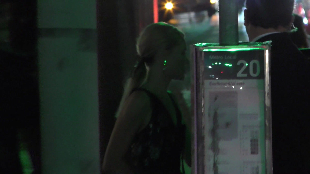 Kate Bosworth outside the H&M x ERDEM Runway Show & Party at The Ebell Club in Los Angeles.mp4