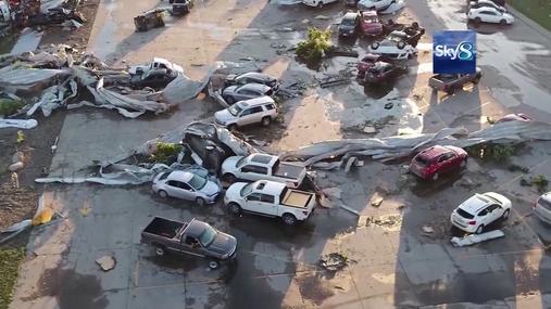 Tornado hits Vermeer Manufacturing - TV Report