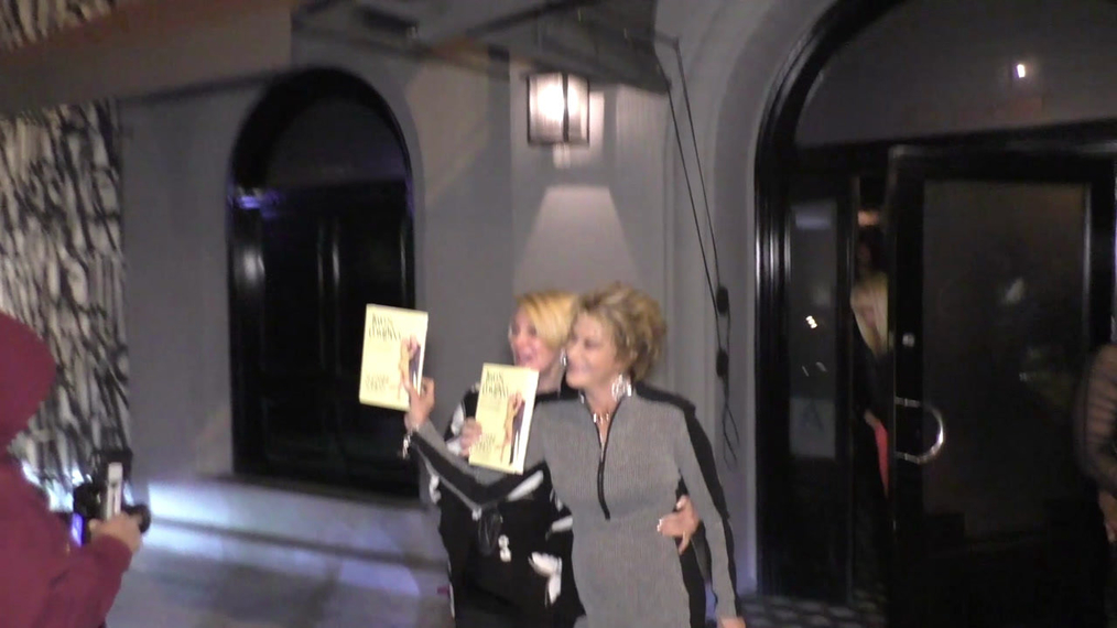 Suzanne Somers promotes her new book and talks sex life as she leaves dinner at Craigs with husband Alan Hamel in West Hollywood .mp4